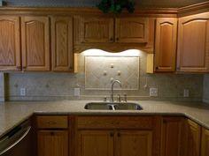 Oak Kitchen Cabinets With Quartz Countertops Amazing