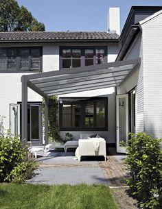 Like the pergola Patio Canopy, Pergola Patio, Backyard Patio, Terrasse Feng Shui, Patio Design, Exterior Design, Gazebos, Outdoor Living Rooms, Garden Deco