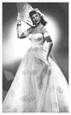 Beverly Sills as Rosalinda in Johann Strauss's Die Fledermaus. October 1955