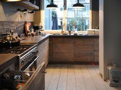 Afbeeldingsresultaat voor steigerhouten keuken