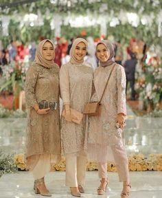 Tunik celana hijab - Another! Model Dress Kebaya, Model Kebaya Muslim, Kebaya Modern Hijab, Model Kebaya Modern, Kebaya Hijab, Kebaya Brokat, Hijab Gown, Hijab Dress Party, Hijab Style Dress