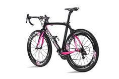 Pinarello 2013 Team Sky and Giro d'Italia edition Dogma 65.1 Think 2 bikes | road.cc