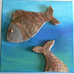 Raku-Fische auf Leinwand Fisher, Raku Pottery, Art Plastique, Pirates, Mosaic, Etsy, Ceramic Fish, Christmas Jewelry, Canvas