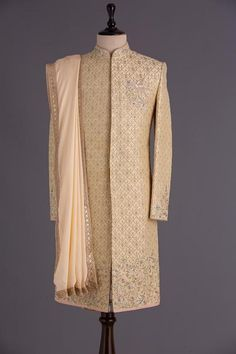 Mens Sherwani, Wedding Sherwani, Pakistani Kurta Designs, Indian Groom, Pastel Yellow, Menswear, Mens Fashion, Silk, Sweaters