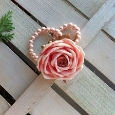 Check out this item in my Etsy shop https://www.etsy.com/ru/listing/488509986/bracelet-with-roses-bracelet-girl