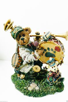 BOYDS Bears & Friends Collection LE 2000 Jonathan & Marjorie bear band figurine - Boyds. Valentines Day Gifts Present