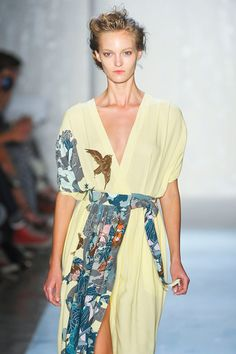 Beautiful piece by Suno at NY Fashion week, sporting the aviary theme...:)