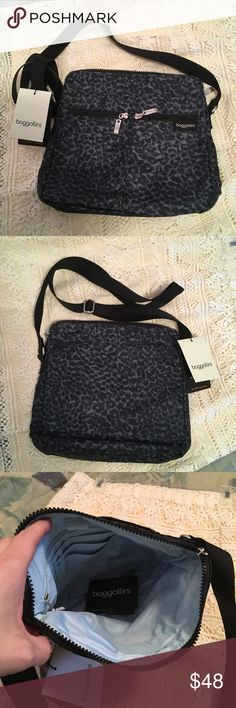 """Baggallini Shoulder Bag Baggallini shoulder bag. Lightweight, water resistant fabric. Multiple pockets, approx width 11"""", approx length 10"""". Long, adjustable strap. Baggallini Bags Crossbody Bags"""