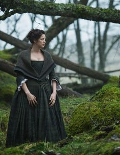"Claire (Catriona Balfe) is on the road in Episode 105 ""Rent"" of Outlander on Starz 