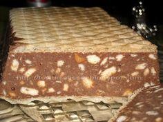 lissa: Prajitura delicioasa cu ciocolata Romanian Desserts, Romanian Food, Easy Desserts, Delicious Desserts, Condensed Milk Cake, Cake Recipes, Dessert Recipes, Waffle Cake, Pastry Cake