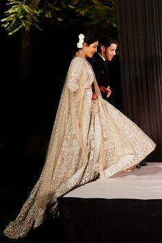 Priyanka Chopra and Nick Jonas Continue Their Lavish Wedding Celebrations with Delhi Reception – Personel Celebration Wedding Photo Albums, Wedding Pics, Budget Wedding, Wedding Aisles, Wedding Gowns, Wedding Ideas, Indian Dresses, Indian Outfits, Priyanka Chopra Wedding