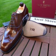 http://chicerman.com  ascotshoes:  No filters. No Compromises. Only the finest quality grade calf used for your Vass shoes I Ascot Shoes a UK based shop specialising in Vass Shoes. Email Sammy for advice on Sizing Fitting & Made To Order Prices.  - - - - - - -   Ascotshoes@outlook.com   #sartorial #finestshoes #shoegazing #luxury #wallstreet #sprezzatura #elegantshoes #ascotshoes #pocketsquare #bentley #bespokeshoes #handmadeshoes #heels #shoesporn #gentleman #dapper #theshoesnob #cigarporn…