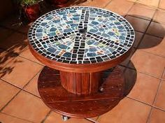DIY Repurposed Reel Mosaic Table – The Owner-Builder Network Cable Spool Tables, Wooden Cable Spools, Wood Spool, Recycled Furniture, Handmade Furniture, Diy Furniture, Automotive Furniture, Automotive Decor, Furniture Design