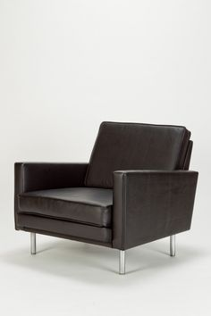 George Nelson; Chromed Steel and Leather Armchair for Herman Miller, c1960.