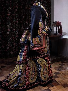 Victorian Dress With Bustle, Train And Hanging Sleeves With Floral And Paisley Embroidery   c.1870's