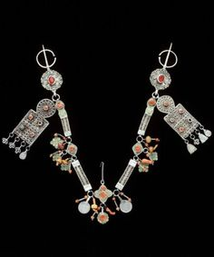 Morocco | Fibula; silver, amber, enamel, coral, glass | African Museum (Belgium) Collection; acquired 1984