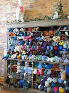What an excellent way to store yarn!