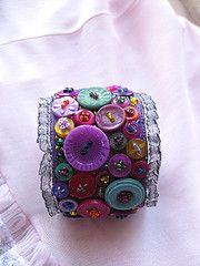 button cuff