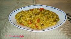 Este risotto de legumes, inclui brócolos, couve-flor e cenoura. Apenas três legumes fizeram uma refeição reconfortante e saudável.