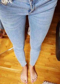 Kup mój przedmiot na #vintedpl http://www.vinted.pl/damska-odziez/dzinsy/12797306-jasne-obcisle-jeansy-pullbear