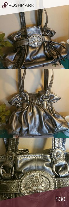Kathy Silver Handbag Kathy Van Zeeland Silver handbag.  Immaculate condition!  This is a beautiful bag.  Not too big but not too small.  Love it! Kathy Van Zeeland Bags