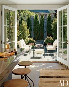 Most Simple Tips: Hexagon Patio Pavers patio layout architecture.Gravel Patio Circle patio with fire pit fun.Patio Privacy Old Windows. Patio Interior, Interior Exterior, Home Interior Design, Townhouse Interior, Interior Doors, Room Interior, Townhouse Garden, London Townhouse, Architectural Digest