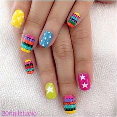 Love these funky nails Nail Polish Art, Nail Polish Designs, Cute Nail Designs, Nail Art Cute, Cute Nails, Pretty Nails, Star Nail Art, Star Nails, Funky Nails