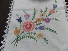 Hand Embroidered Table Runner Cotton Vintage by TallulahsVintage