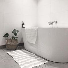 #boligplussminstil #bobedre #bad #bathroom #interior #interiordesign #interiordecor #interiorstyling #interiorinspiration #interior123 #interior125 #interior4all #nordicinspiration #nordicdesign #nordichome #mynordicroom #skandinaviskehjem #skandinaviskahem #scandinaviandesign #scandinavianhome