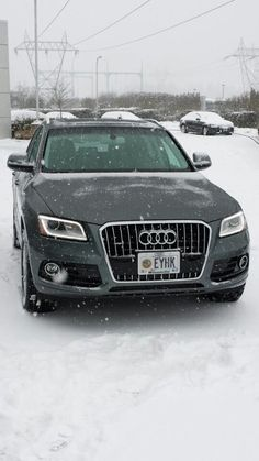 My Q5 the day I finally picked it up in Oregon. More snow this day than we saw our entire trip in December to pick up the car in Germany.