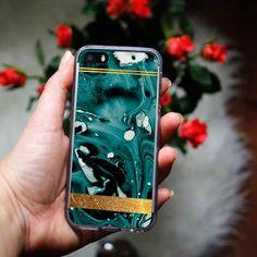 #case #etuo #etui #fashion #style #marble Marmurkowe etui na telefon od etuo: http://www.etuo.pl/kolekcje-etui-marmurkowe