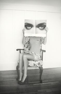 eye see you photography portrait Pretty Hurts, Art Photography, Fashion Photography, Poster Design, Graphic Design, Belle Photo, Black And White Photography, Monochrome, Portraits