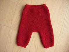 Ravelry: Babybukser med lange ben pattern by Hanne Meedom