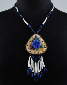 Alaska Native Arts Foundation is dedicated to promoting and celebrating the rich cultural heritage of Alaska's indigenous population through artistic expression. Indian Beadwork, Native American Beadwork, Native American Jewelry, Shell Jewelry, Jewelry Art, Jewelry Design, Native Style, Native Art, Beaded Earrings