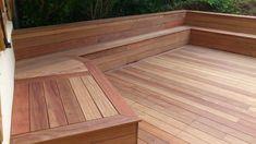 Banc de terrasse en bois qui fait tout le tour: ma future terrasse ?