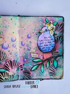 A spring themed art journal spread with Textured birds stamp by Saadia Nawaz Art Journal Pages, Art Journals, Art Journal Inspiration, Journal Ideas, Diy And Crafts, Paper Crafts, Beautiful Bugs, Creative Journal, Flower Doodles