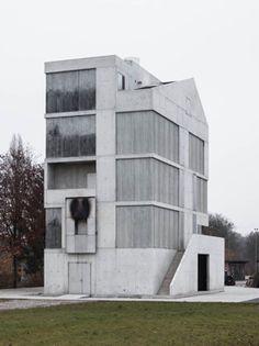Brandhaus II Ausbildungszentrum Rohwiesen by STAUFER & HASLER