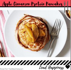 These Apple Cinnamon Protein Pancakes contain a good source of protein to keep you fueled until lunch. Bariatric Recipes, Healthy Eating Recipes, Low Carb Recipes, Cooking Recipes, Healthy Eats, 300 Calorie Breakfast, 21 Day Fix Breakfast, Breakfast Recipes, Protein Snacks