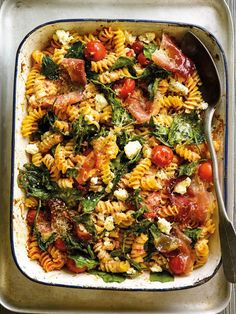 Tomato, Ricotta and Spinach Pasta Bake, an easy and filling midweek dinner recipe for an Italian comfort food feast.