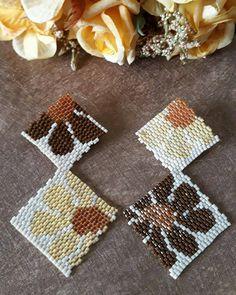 Brick Stitch Earrings, Seed Bead Earrings, Flower Earrings, Beaded Earrings, Earrings Handmade, Seed Beads, Bead Embroidery Jewelry, Beaded Embroidery, Peyote Patterns