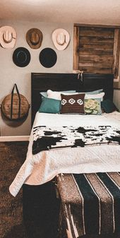 Cowgirl Bedroom, Western Bedroom Decor, Western Rooms, Texas Bedroom, Cowgirl Nursery, Country Teen Bedroom, Western Crib, Western Wall Decor, Rustic Bedrooms