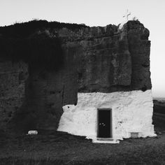 paristavitian:Church in Skyros island.  /instagramAug14