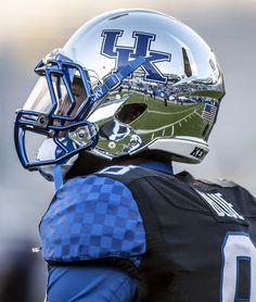 Kentucky Wildcat - chrome helmet