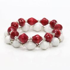 Word on the street for college football this weekend... Alabama Football overcame a 21-point deficit in wild comeback win over Ole Miss. So in true team fashion we are celebrating with them because no matter what these beautiful bracelets will change the world! Roll Tide and Bright White are the perfect combo for your next game day! Shop our extensive collection to find your teams colors and cheer them on to the finish knowing that 200000 gallons of clean water through each bracelet is being…
