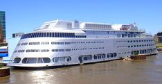 river boats from st louis - Yahoo Image Search Results Over The Bridge, St Louis Mo, Forest Park, Family Adventure, Best Memories, Mississippi, Missouri, Places Ive Been, Saints