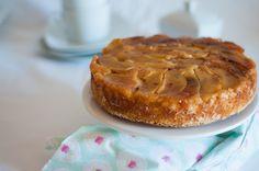Um bolo muito simples e ideal para as tardes de fim-de-semana de outono