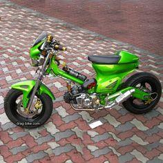 Custom Mini Bike, Custom Sport Bikes, Motorcycle Design, Motorcycle Bike, Style Cafe Racer, Honda Cub, Honda Bikes, Drag Bike, Yamaha Motor
