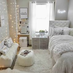 Small Girls Bedrooms, Small Room Bedroom, Room Ideas Bedroom, Bedroom Inspo, Dream Bedroom, Beds For Girls, Small Bedroom Ideas For Girls, Decor For Small Bedroom, Bedroom Ideas For Small Rooms For Teens For Girls