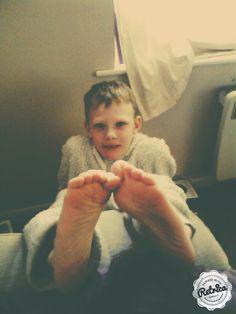 Keynen's feet...