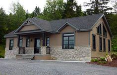 Moble Homes, Bungalow, Outside Paint, Patio Deck Designs, House Paint Exterior, Exterior Homes, Home Design Floor Plans, Exterior Remodel, House Entrance
